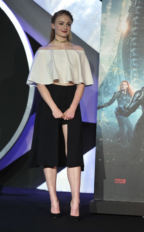 sophie-turner-x-men-apocalypse-beijing-press-conference-may-18-2